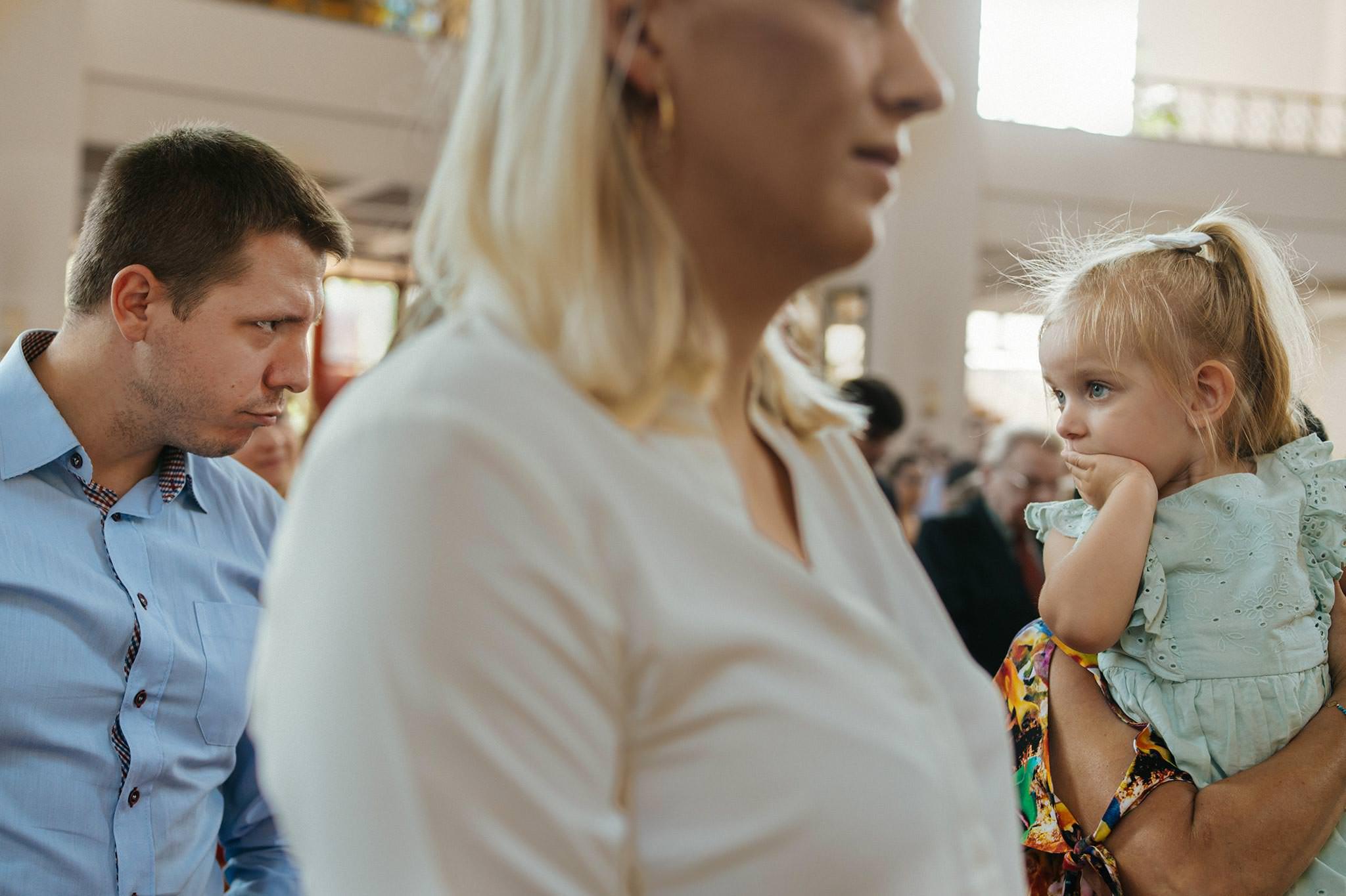 021 fotograf na chrzest tarnow zdjecia z chrztu swietego Tarnow